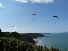 Campsite France Brittany, parapente à la pointe du roselier